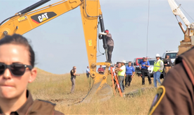 -Happi-_American_Horse_direct_action_against_DAPL,_August_2016.png