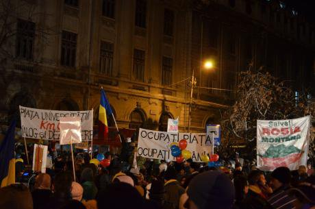 Protests in Bucharest against the Rosia Montana mining project. Demotix/Alexandru Alexe. All rights reserved.