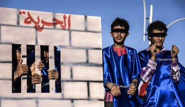 Demonstrating for the release of detainees in Yemen's youth revolution, 2013.