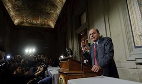 Democratic Party leader Pierluigi Bersani announces he failed to form a cabinet. Demotix/Stefano Montesi. All rights reserved.