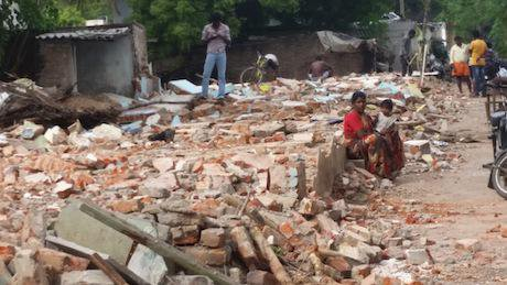 Eviction of a slum in Govindasamy Nagar. Photo provided by author. All rights reserved.