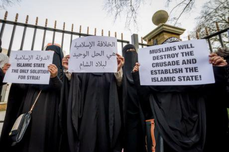 Protest calling for the Khlifah in London. Guy Corbishley/Demotix. All rights reserved.