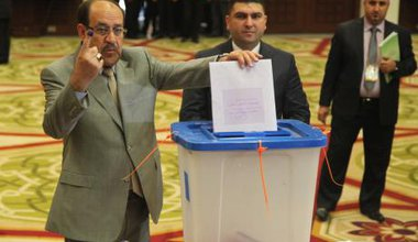 Prime Minister Nouri Al-Maliki voting early in the morning, Al Rasheed hotel, Baghdad, in the first elections after the withdraw