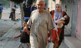 Residents of Gaza leave their homes due to the threat of Israeli bombing