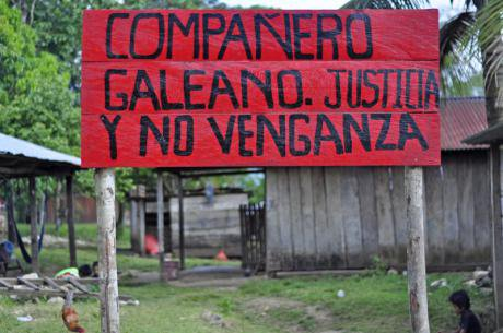 Brigades of Zapatistas reconstruct school destroyed by paramilitary groups. Demotix/ Debora Poo Soto. All rights reserved.
