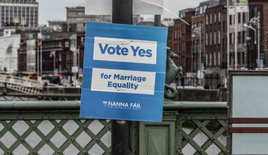Political poster in favor of the same-sex marriage bill, 2015.