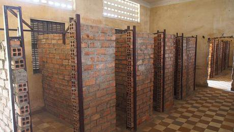 640px-Tuol_Sleng_Genocide_Museum_(11958297023).jpg