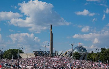 800px-2020_Belarusian_protests__Minsk_16_Aug.max-760x504.jpg