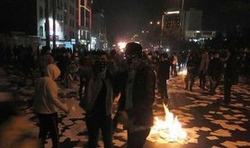 800px-Iranian_protests,_31_December_2017_-_unrecognized_place.jpg