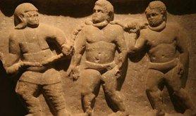 800px-Roman_collared_slaves_-_Ashmolean_Museum_1.jpg