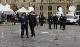 Heavy police presence at Place de la Republique, November 17, 2015.