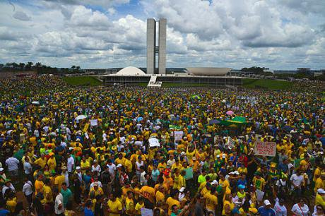 Demonstration in Brasília outside of the National Congress Building against Brazilian government corruption on 15 March 2015.