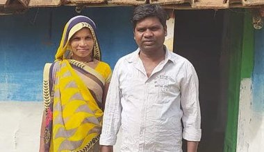 India: Pavitra Uikey and his wife