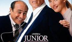 Movie poster for 'Junior' with a pregnant man with a doctor