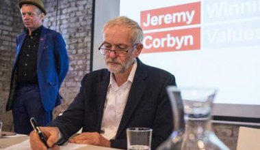 Labour leader Jeremy Corbyn and Richard Barbrook during Labour's Digital Democracy Manifesto launch. August 30, 2016.