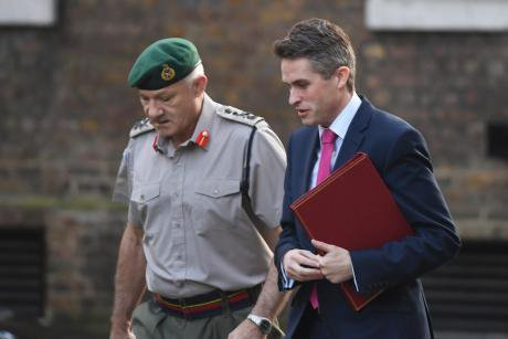 Defence Secretary Gavin Williamson and vice chief of the defence staff, General Sir Gordon Messenger arrive in Downing Street, L