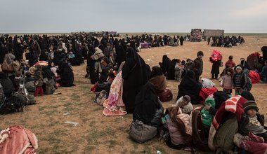 Women and children being evacuated from former ISIS stronghold of Baghouz in Syria, 23 February 2019
