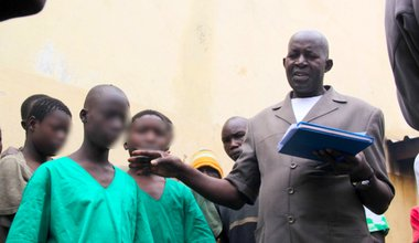 Pierre Claver Mbonimpa visiting  minors  detained in a prison