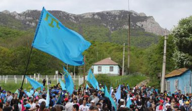 Crimean Tatars at Chatyr-Dag commemorate the 71st anniversary of the deportation, May 2015.