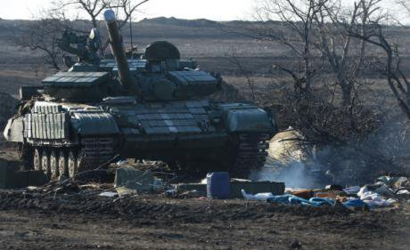 A Ukrainian talk damaged and abandoned in the retreat from Debaltseve.