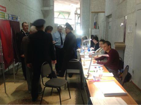 Samara At the polling station Michael Lawrence for OpenDemocracy_0.jpg