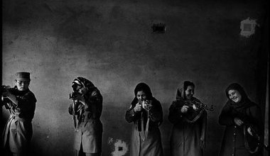 Afghan women trainee police officers with guns