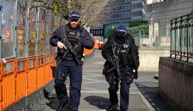 armed police-min.jpg