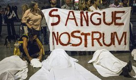 Flash mob protest in sympathy with victims of Lampedusa tragedy